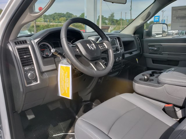 2018 Ram 4500 Regular Cab DRW 4x4,  Cab Chassis #N18265 - photo 6