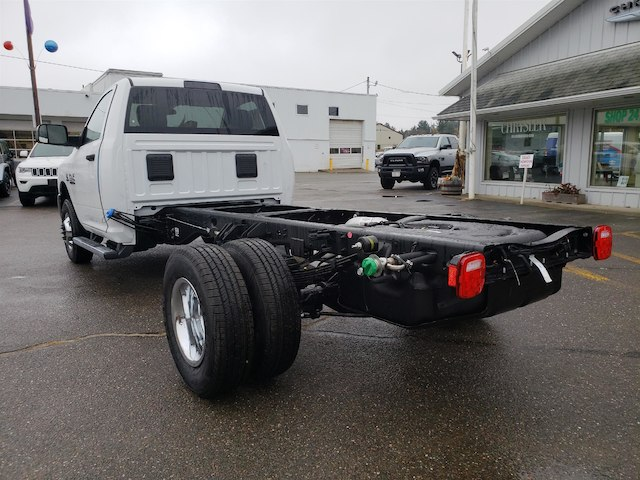 2018 Ram 3500 Regular Cab DRW 4x4,  Cab Chassis #N18291 - photo 2