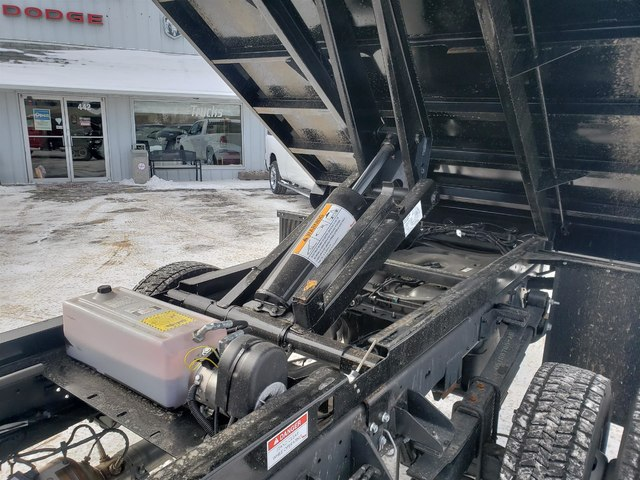 2018 Ram 5500 Regular Cab DRW 4x4,  Dump Body #N18308 - photo 6
