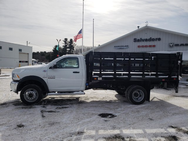 2018 Ram 5500 Regular Cab DRW 4x4,  Stake Bed #N18335 - photo 3