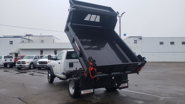2018 Ram 5500 Regular Cab DRW 4x4,  Reading Dump Body #N18339 - photo 7