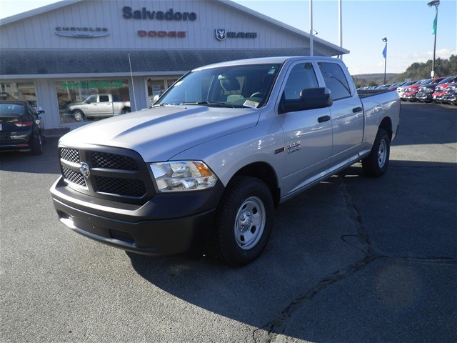 2016 Ram 1500 Crew Cab 4x4, Pickup #N6142 - photo 1