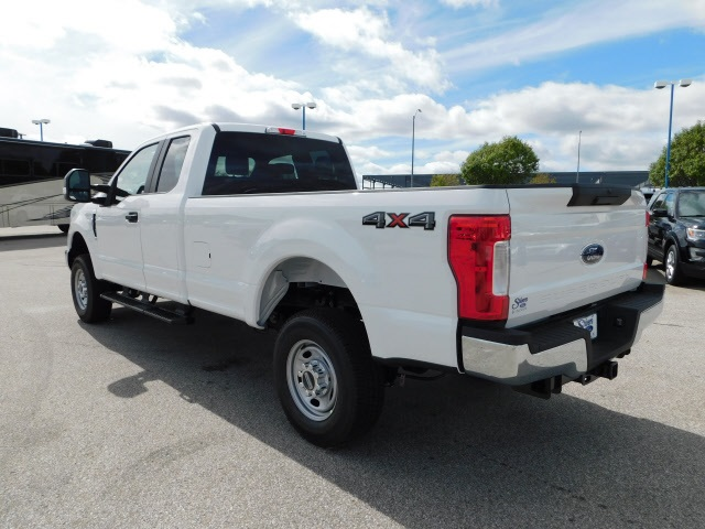2019 F-250 Super Cab 4x4,  Pickup #FA90062 - photo 3