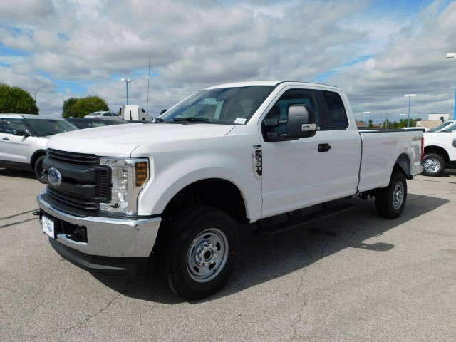 2019 F-250 Super Cab 4x4,  Pickup #FA90062 - photo 4