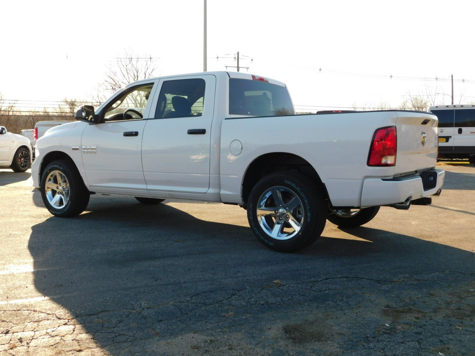 2018 Ram 1500 Crew Cab 4x4, Pickup #R1443 - photo 4