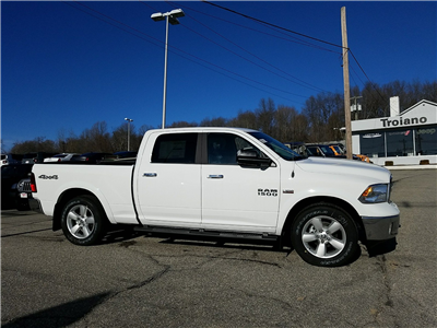 2018 Ram 1500 Crew Cab 4x4, Pickup #R1444 - photo 3