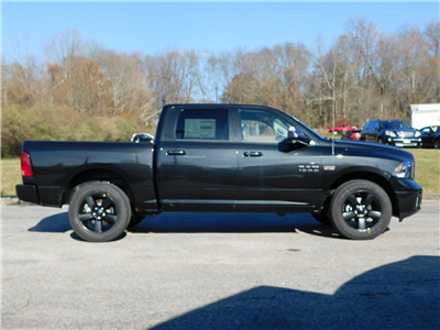 2018 Ram 1500 Crew Cab 4x4, Pickup #R1451 - photo 3