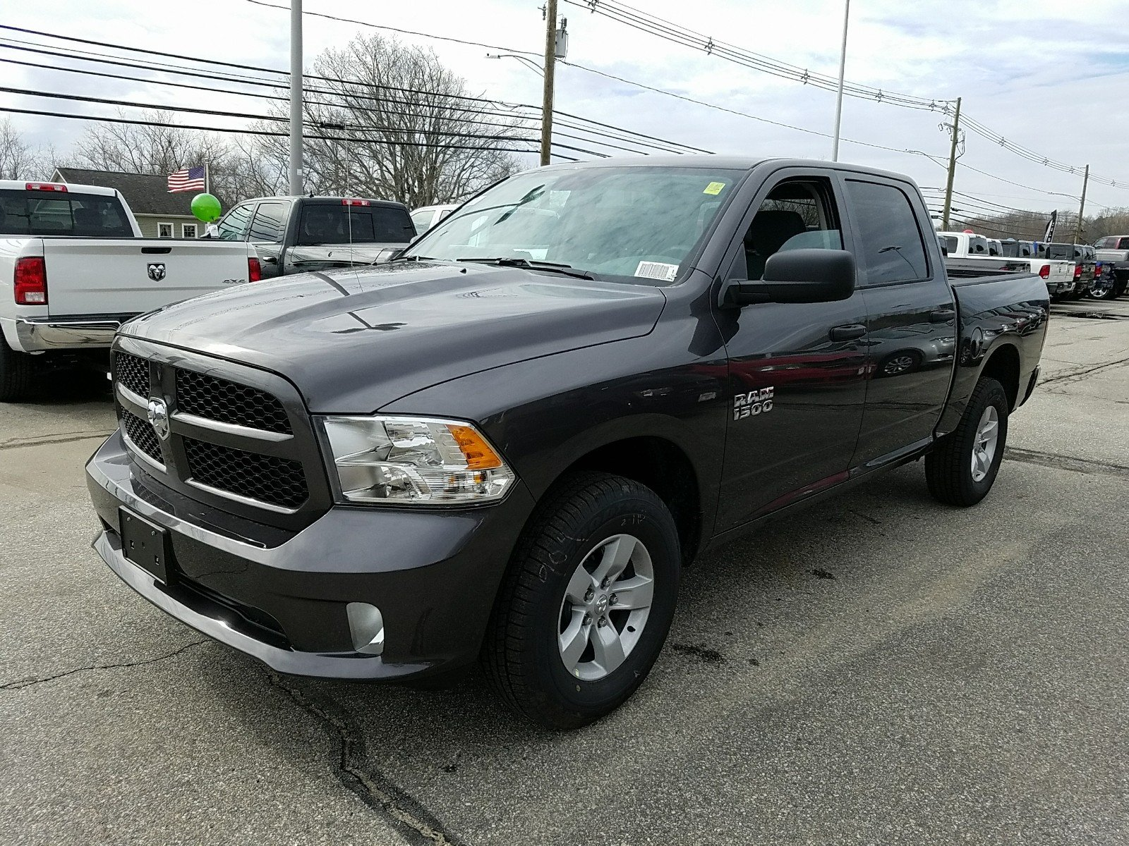 2018 Ram 1500 Crew Cab 4x4, Pickup #R1490 - photo 5