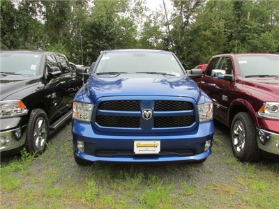 2017 Ram 1500 Crew Cab 4x4, Pickup #H1164 - photo 3