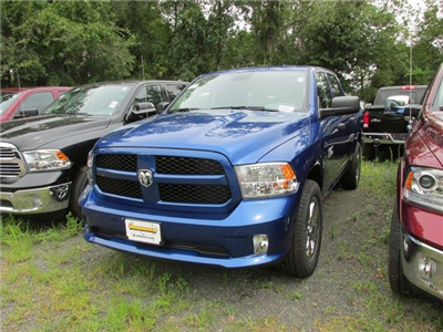2017 Ram 1500 Crew Cab 4x4, Pickup #H1164 - photo 1