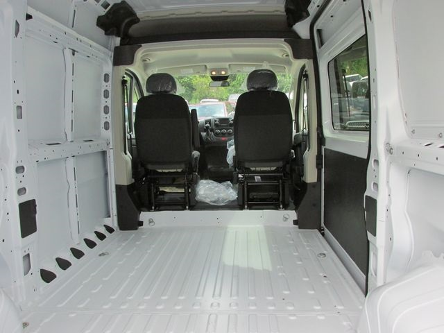2017 ProMaster 1500 High Roof Cargo Van #H999 - photo 2