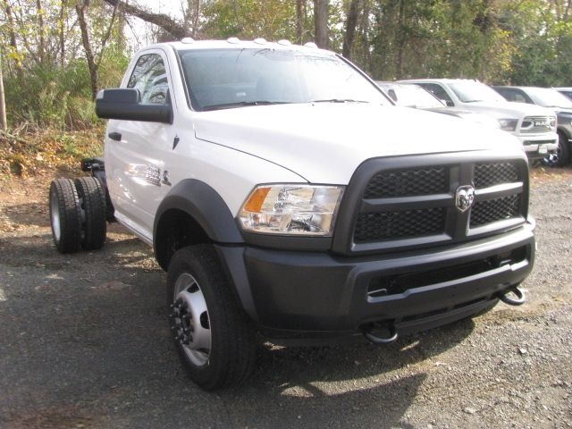 2018 Ram 5500 Regular Cab DRW 4x4,  Cab Chassis #J1129 - photo 3