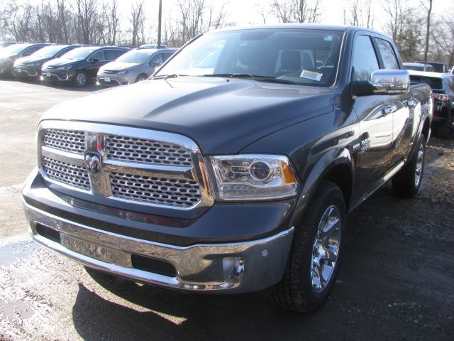 2018 Ram 1500 Crew Cab 4x4, Pickup #J396 - photo 1