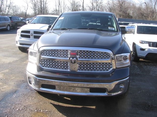 2018 Ram 1500 Crew Cab 4x4, Pickup #J396 - photo 4