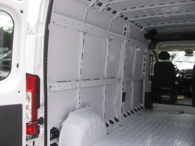 2018 ProMaster 2500 High Roof FWD,  Empty Cargo Van #J981 - photo 2