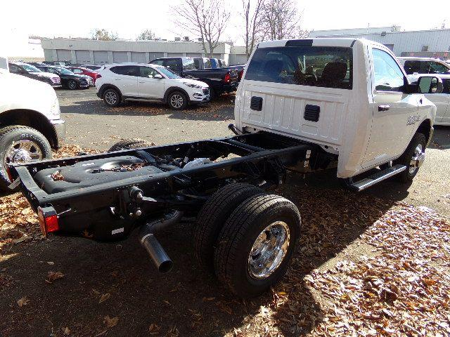 2018 Ram 3500 Regular Cab DRW 4x4 Cab Chassis #JG104563 - photo 2