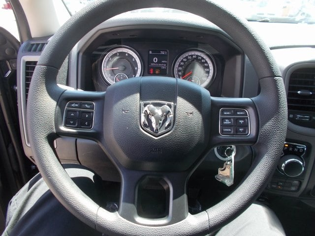2018 Ram 1500 Crew Cab 4x4,  Pickup #180143 - photo 10
