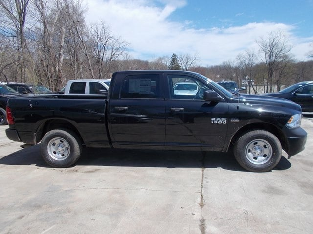 2018 Ram 1500 Crew Cab 4x4,  Pickup #180143 - photo 6