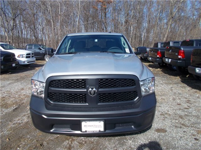 2018 Ram 1500 Quad Cab 4x4, Pickup #180281 - photo 3