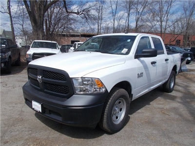 2018 Ram 1500 Crew Cab 4x4,  Pickup #180334 - photo 4