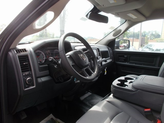 2018 Ram 1500 Crew Cab 4x4,  Pickup #180590 - photo 9