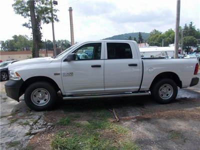 2018 Ram 1500 Crew Cab 4x4,  Pickup #180797 - photo 5