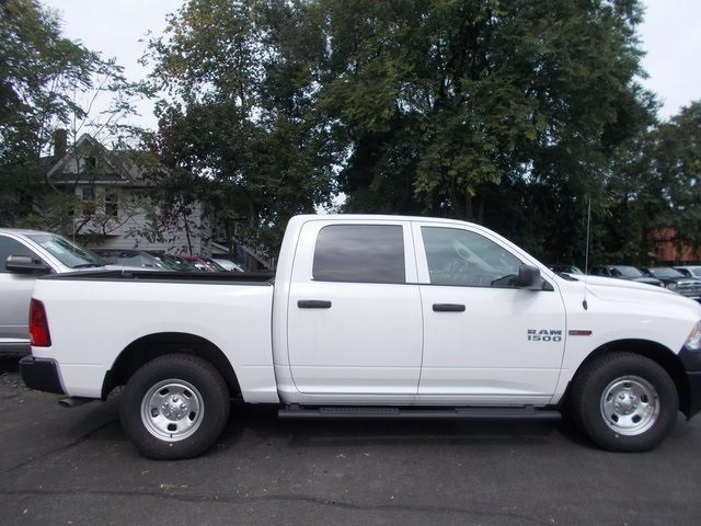 2018 Ram 1500 Crew Cab 4x4,  Pickup #180901 - photo 11
