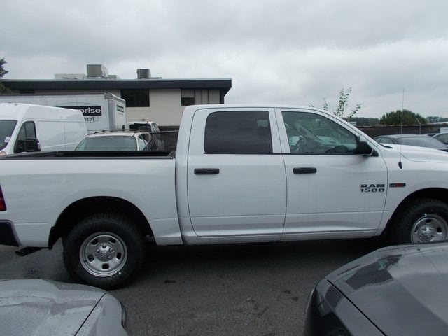 2018 Ram 1500 Crew Cab 4x4,  Pickup #181000 - photo 15