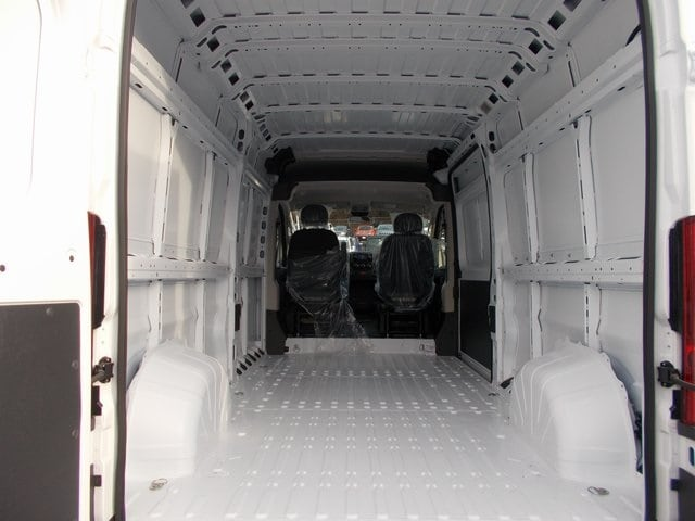 2018 ProMaster 2500 High Roof FWD,  Empty Cargo Van #181407 - photo 2