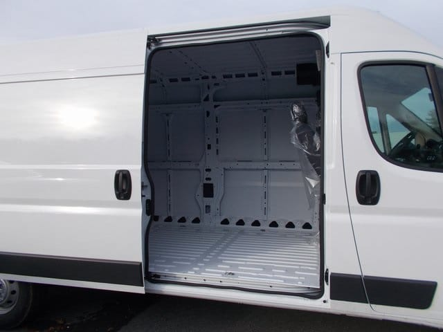 2018 ProMaster 2500 High Roof FWD,  Empty Cargo Van #181407 - photo 14