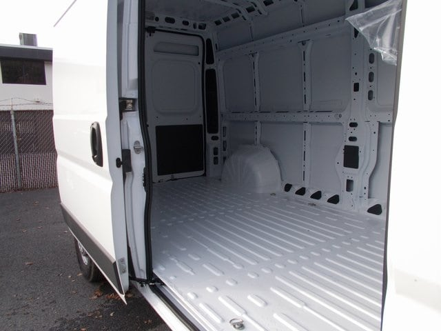 2018 ProMaster 2500 High Roof FWD,  Empty Cargo Van #181407 - photo 15