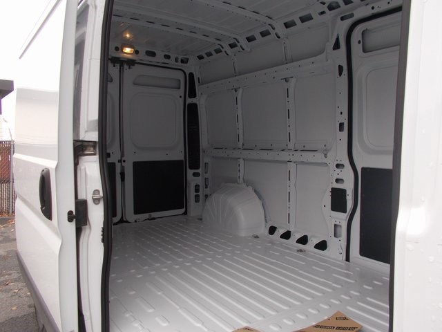 2018 ProMaster 2500 High Roof FWD,  Empty Cargo Van #181504 - photo 12