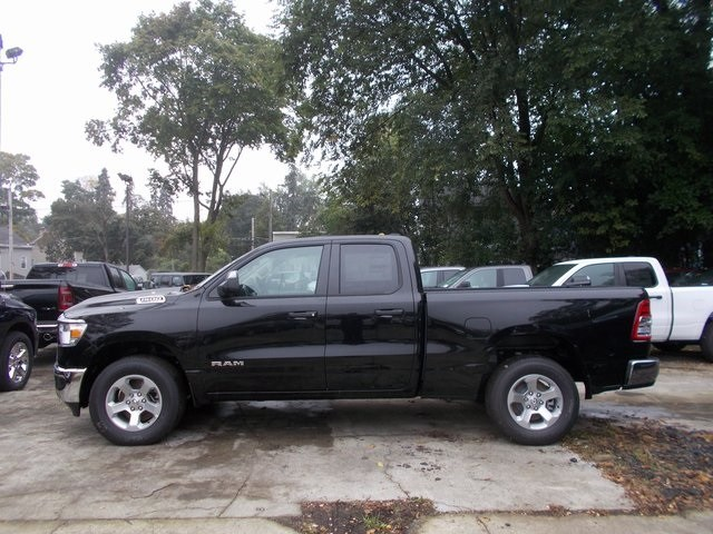 2019 Ram 1500 Quad Cab 4x4,  Pickup #190137 - photo 14