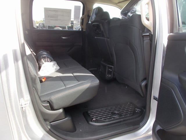 2019 Ram 1500 Crew Cab 4x4,  Pickup #190187 - photo 15