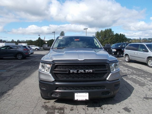 2019 Ram 1500 Crew Cab 4x4,  Pickup #190187 - photo 3