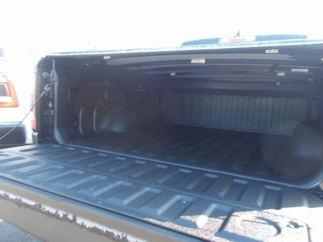 2019 Ram 1500 Crew Cab 4x4,  Pickup #190388 - photo 9