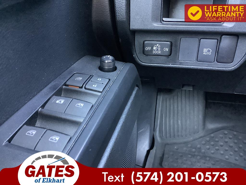2019 Toyota Tacoma Double Cab 4x4, Pickup #E2748P - photo 3