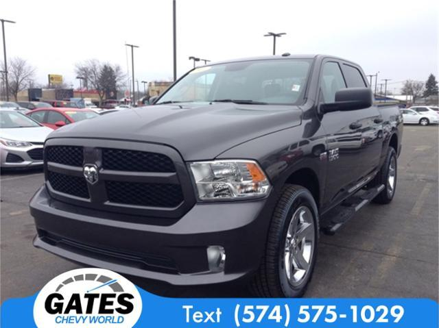 2017 Ram 1500 Crew Cab 4x4, Pickup #M4576P - photo 4
