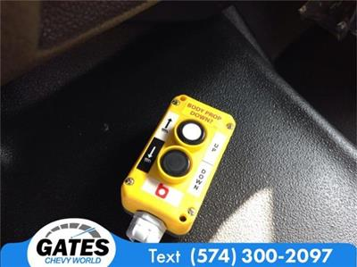 2019 Chevrolet Silverado 4500 Regular Cab DRW 4x2, Monroe MTE-Zee Landscape Dump #M5724 - photo 11