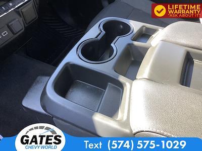 2020 Chevrolet Silverado 1500 Double Cab 4x4, Pickup #M5763P - photo 14
