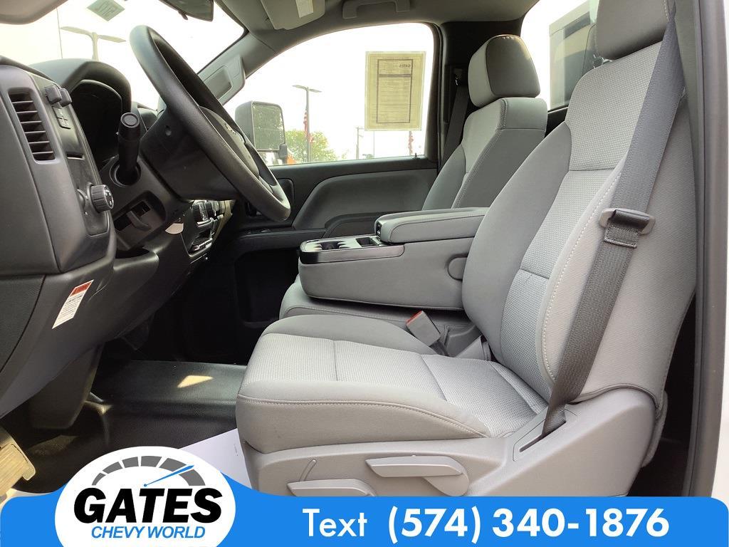 2019 Chevrolet Silverado 4500 Regular Cab DRW 4x2, Freedom GrassPro Dovetail Landscape #M5772 - photo 7