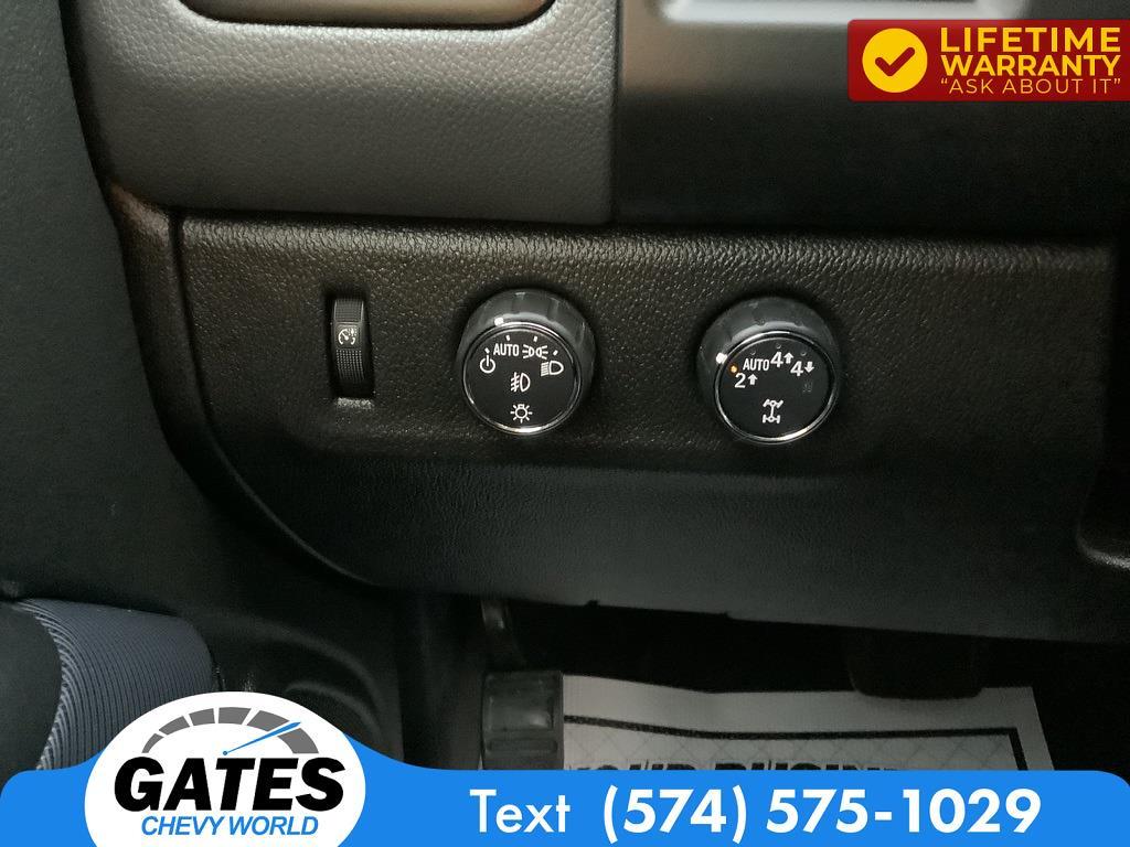 2020 Colorado Crew Cab 4x4,  Pickup #M5990P - photo 9