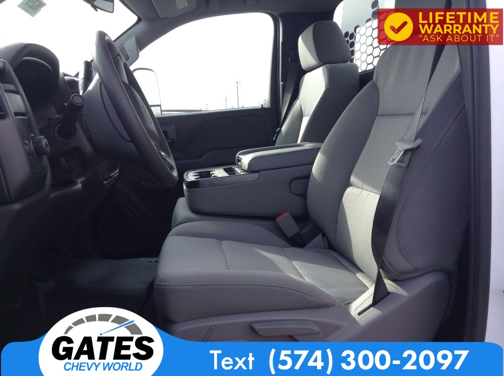 2020 Chevrolet Silverado 4500 Regular Cab DRW 4x2, Knapheide PGNB Gooseneck Platform Body #M6299 - photo 5