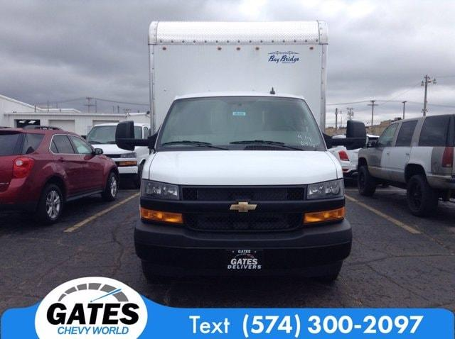 2020 Chevrolet Express 3500 4x2, Bay Bridge Cutaway Van #M6408 - photo 3
