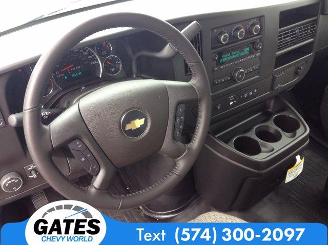 2020 Chevrolet Express 3500 4x2, Bay Bridge Cutaway Van #M6408 - photo 10