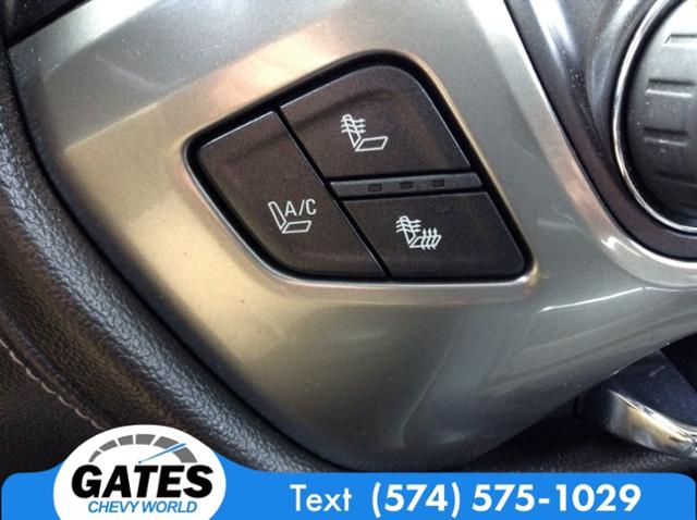 2014 Chevrolet Silverado 1500 Crew Cab 4x4, Pickup #M6705B - photo 19