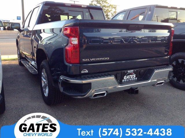 2020 Chevrolet Silverado 1500 Crew Cab 4x4, Pickup #M6708 - photo 2