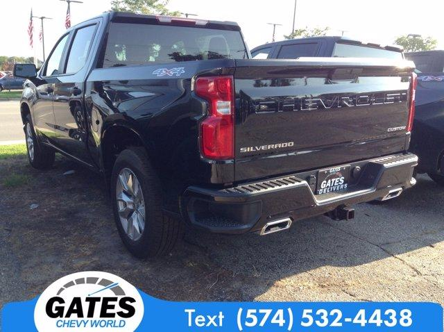 2020 Chevrolet Silverado 1500 Crew Cab 4x4, Pickup #M6714 - photo 1