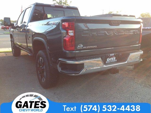 2020 Chevrolet Silverado 2500 Crew Cab 4x4, Pickup #M6716 - photo 2