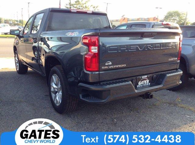 2020 Chevrolet Silverado 1500 Crew Cab 4x4, Pickup #M6739 - photo 2